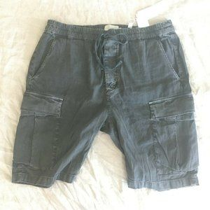 NWT Mens VINCE Cargo Short LARGE Sulfur BLACK Gray